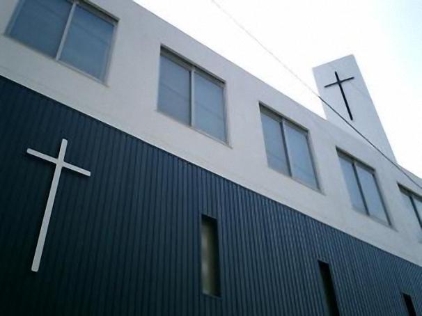 屋上の十字架